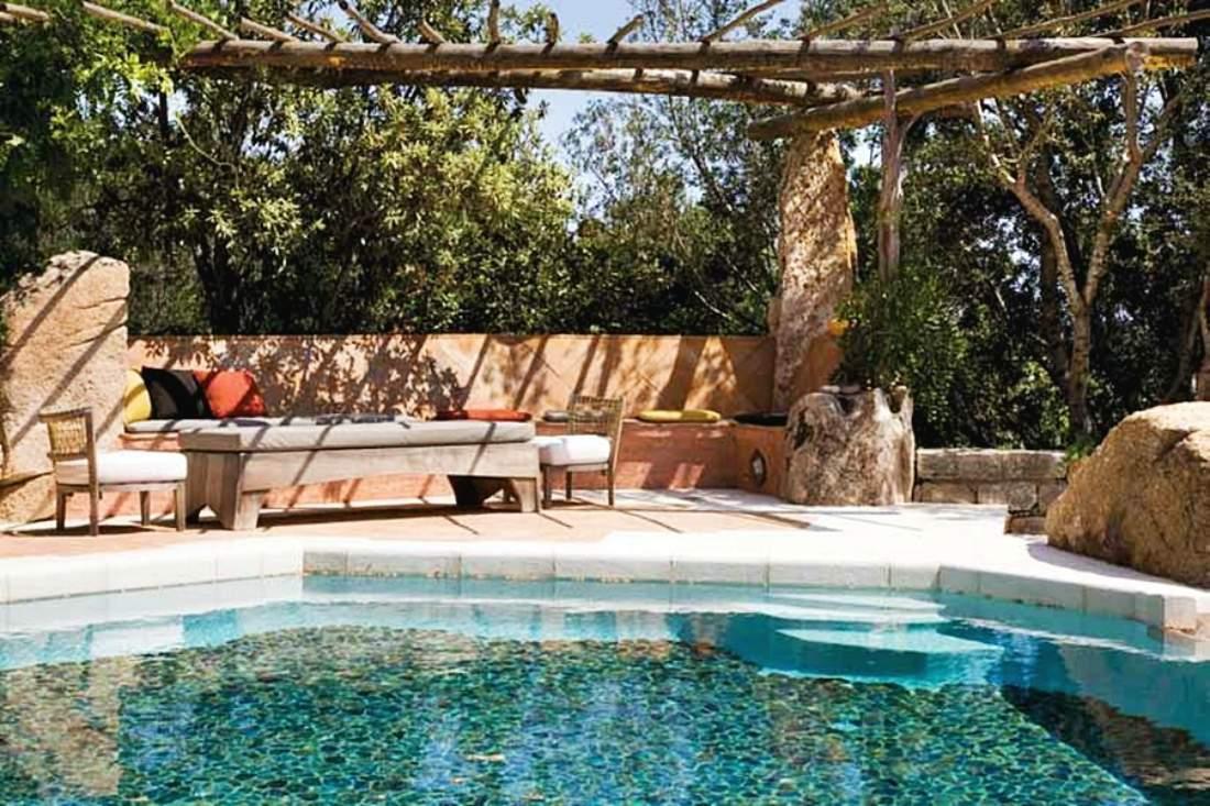 Villa Sirea è una villa dell'architetto lusso di Savin Couelle