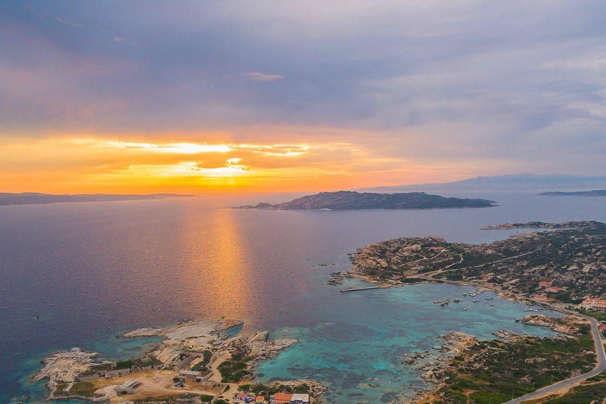Le 10 spiagge della gallura pi belle del 2017 con le immagini for Le piu belle fotografie