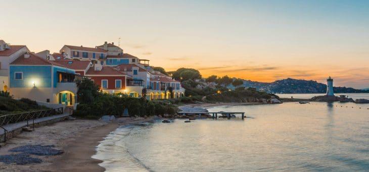Baia del Faro: cose da fare, servizi e appartamenti in affitto vicino a Palau