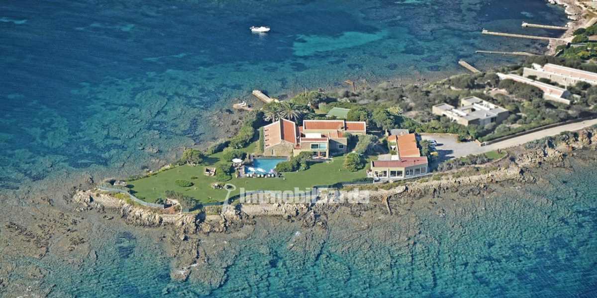 Le pi belle ville di lusso in vendita al mare in sardegna for Le piu belle ville