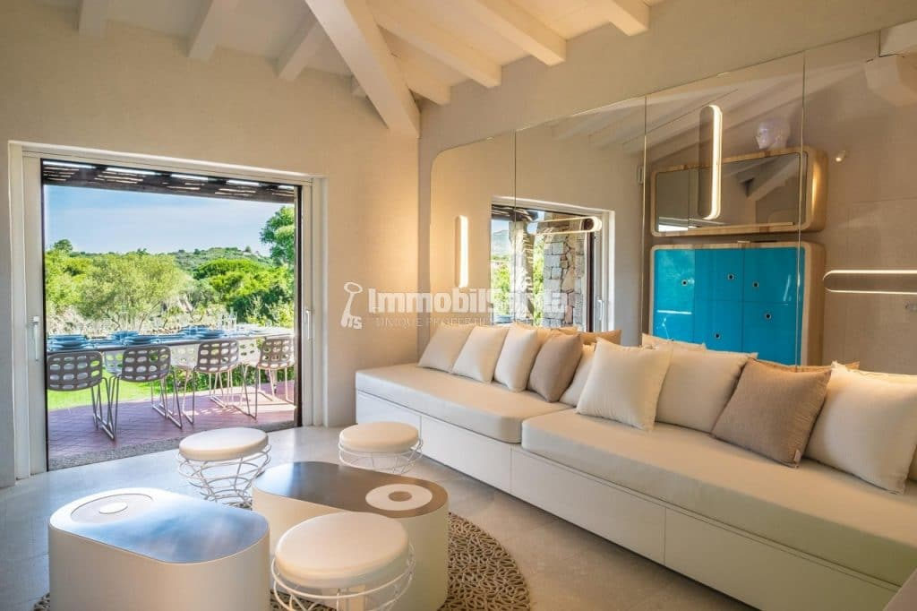 The precious apartment - (2 bedrooms, 4 minutes by walk from the Puntaldìa Golf Club, from 760.000 €)