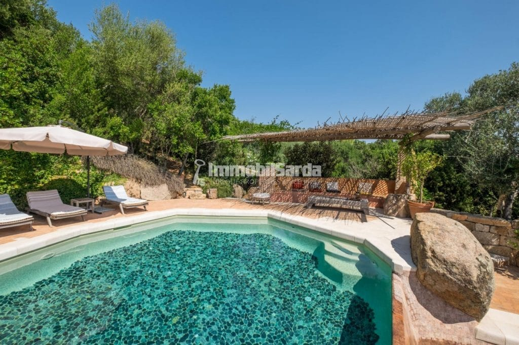 Villa Sirea -   (6 bedrooms, 10 minutes by walk from the Pevero Gulf Club, price upon request)